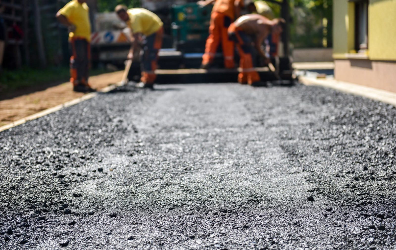 VG 40 bitumen is suitable for road construction at hot temperatures